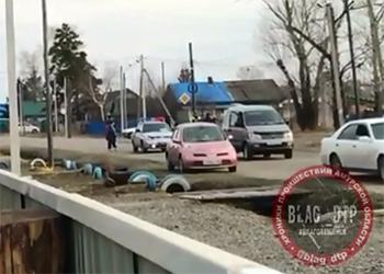 Нетрезвый житель Екатеринославки вышел с ножом на полицейских
