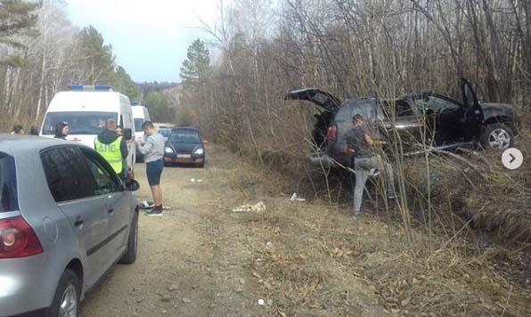 На свободненской трассе автомобиль вылетел с дороги