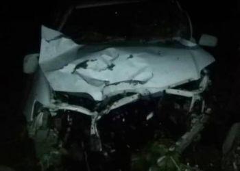 В Белогорском районе иномарка съехала в дороги и врезалась в дерево