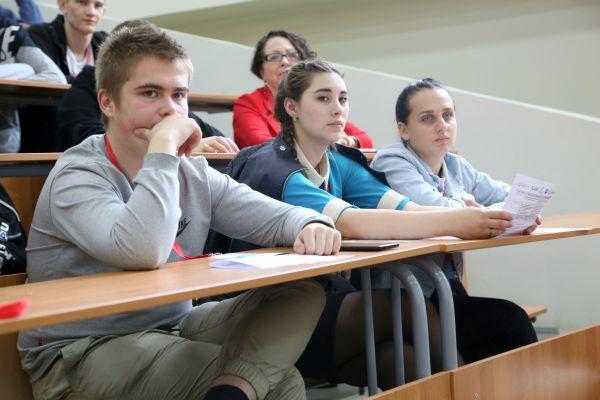 Приложение для дальтоников, ПО для распознавания лиц и сервис по отбору на стажировки