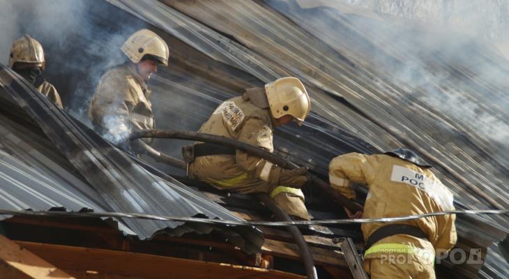 В Чувашии сгорел сарай и произошли еще 6 пожаров