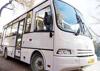 Благовещенцев после фейерверка развезут автобусы