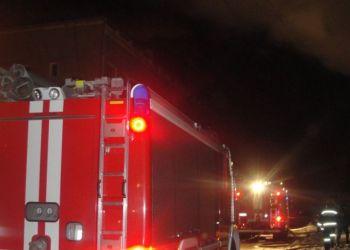 В Магдагачинском районе пожарные отстояли шиномонтаж