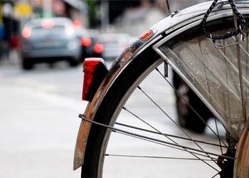 В Благовещенске ищут водителя, который сбил ребенка на велосипеде