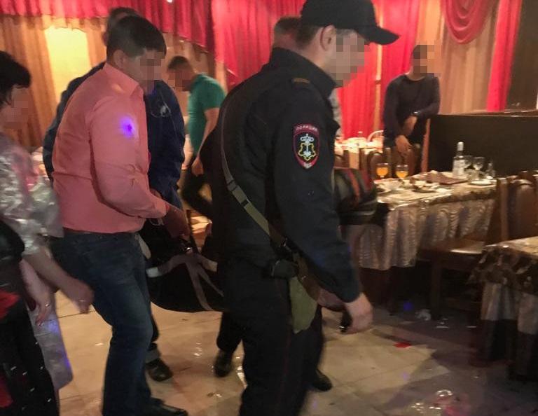 В кафе Тынды мужчине разбили голову одним ударом кулаком