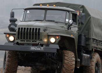 Амурские военные получили мастерские-вездеходы