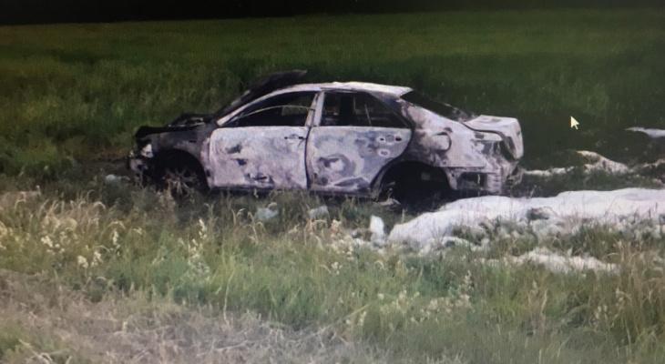 В Toyota Camry взорвался газовый баллон, есть пострадавшие