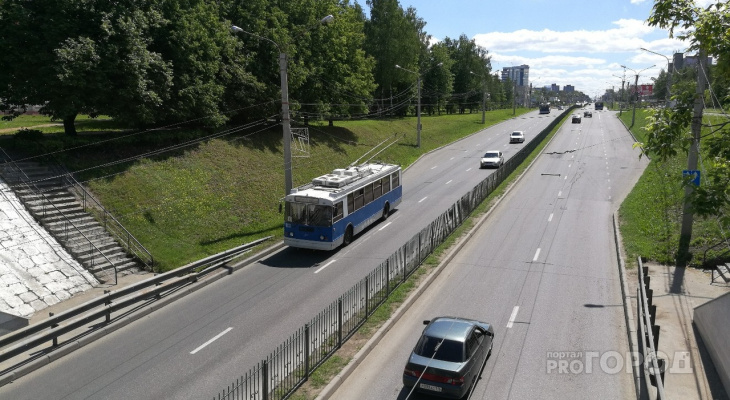 До Альгешево пустят еще один троллейбус, в Солнечном появится маршрутка