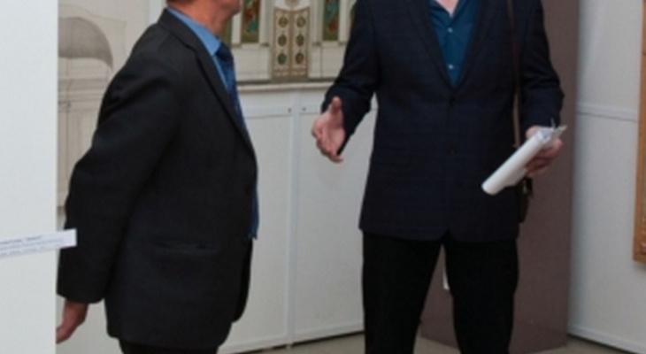 Экс-директор музея «заработал»382 тысячи рублей за неофициальные выставки