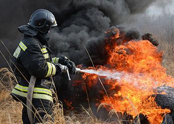 Лесной пожар в Тындинском районе решили ликвидировать при помощи взрывов