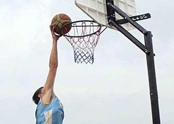 Защитник «Зенита» проведет мастер-класс для любителей баскетбола в Благовещенске