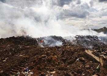 Прокуратура проверила компанию, следившую за загоревшейся свалкой в Тынде