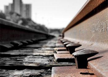 В Тынде работник железной дороги вывез более 300 кило межрельсовых накладок