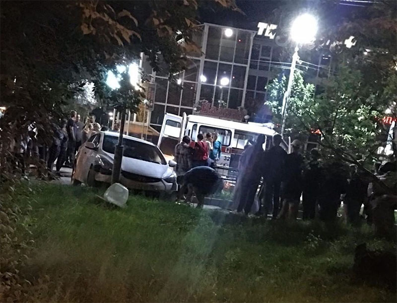 Девушка пострадала под колесами авто в Свободном