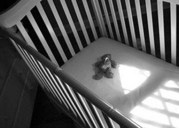 Младенца из Белогорска, погибшего от рук отчима, избивали давно