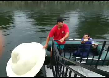 Из водоема в благовещенском парке выловили пельмень