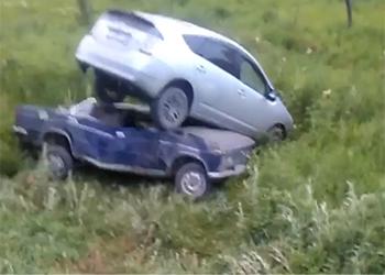 Иномарка заскочила на «Жигули» в Белогорье