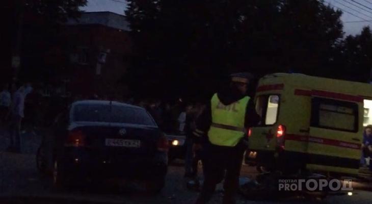 В Чебоксарах мотоциклист влетел в Volkswagen и погиб