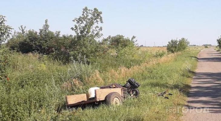 В Моргаушском районе мужчина упал с мотоблока
