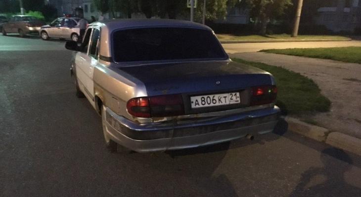 В новочебоксарском дворе 9-летний мальчик попал под машину