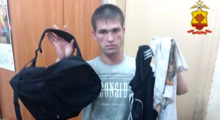Житель Новочебоксарска напал на пенсионера и отнял хлеб, салат и киви