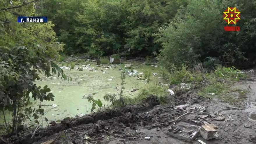 В «мусорное болото» превратилась река, из которой пьют жители Канаша