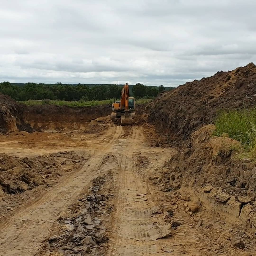 Иностранцы попались на незаконной добыче песка в Благовещенском районе