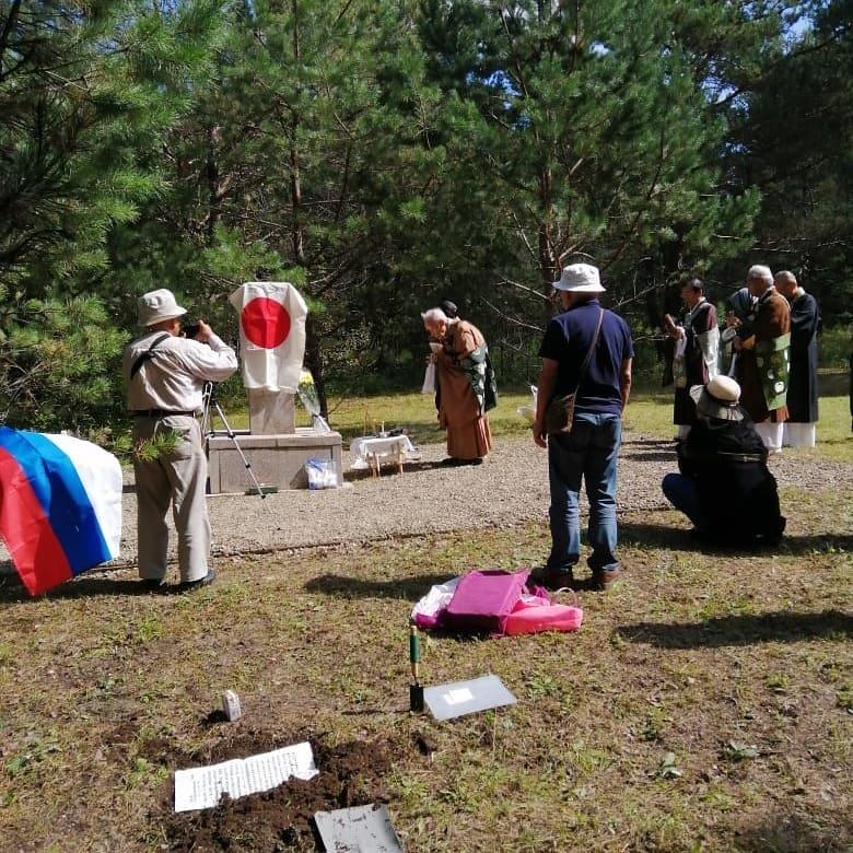 Делегация из Японии посетила могилы соотечественников в Свободном