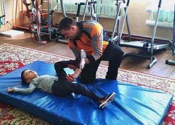 Занятия адаптивной физкультурой проводят для детей в центре «Доброта»
