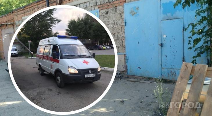 В Канаше мужчина впал в кому после покраски гаража