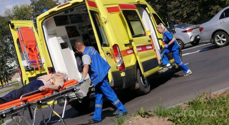 В Чебоксарах мужчина переходил дорогу в неположенном месте и попал в реанимацию