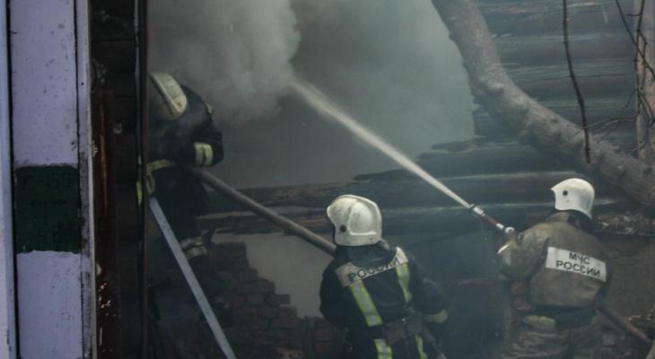 В Канашском районе вместе с домом в огне сгорел 41-летний хозяин