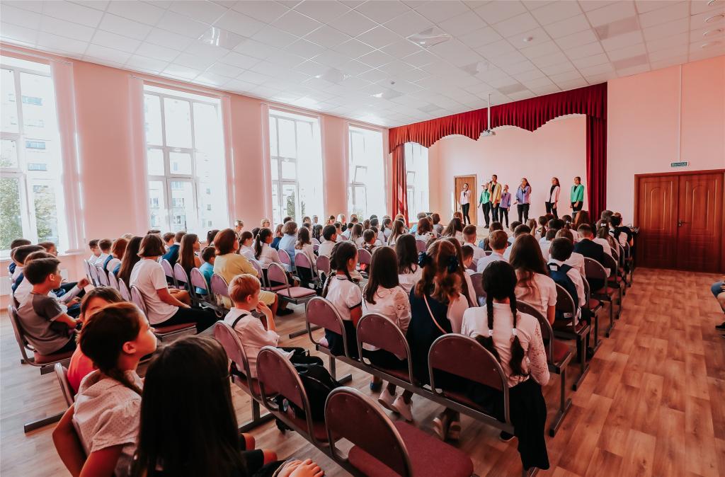 В Юго-Западном районе открыли новый корпус школы на 500 учеников