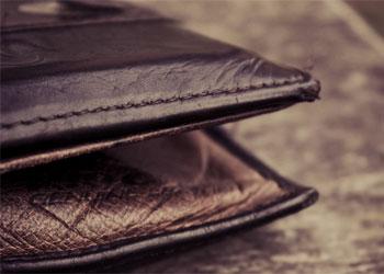 Житель Белогорска потерял портмоне с крупной суммой