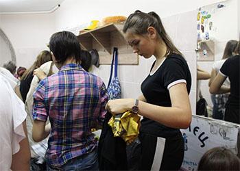 Более сотни волонтеров помогают амурчанам, пострадавшим от паводка