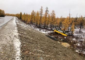 На федеральной трассе разбился микроавтобус, ехавший из Благовещенска в Якутск