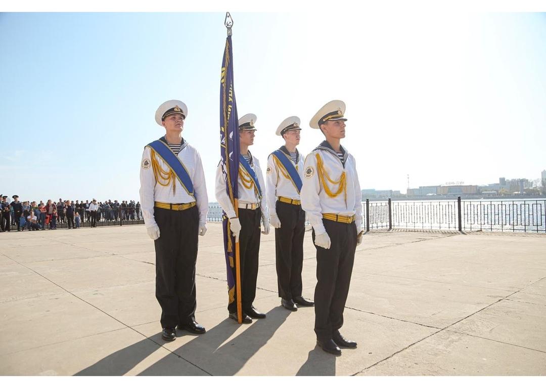 Первокурсников морского госуниверситета посвятили в курсанты