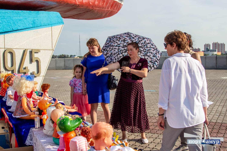 Амурчанка показала на «БлагоФесте» более 200 своих кукол