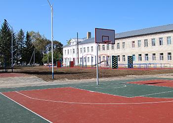 Новый стадион открыли на территории свободненской школы № 8