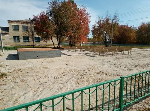 По проекту местных жителей в Новогородке сделали новый сквер