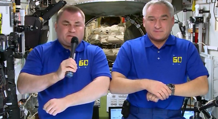 Космонавты с орбиты поздравили жителей Чувашии в честь дня рождения Андрияна Николаева
