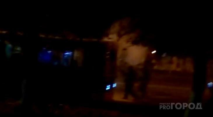 В Северо-Западном районе загорелся троллейбус