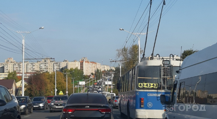 В администрации рассказали, как решается проблема пробок в Новоюжном районе