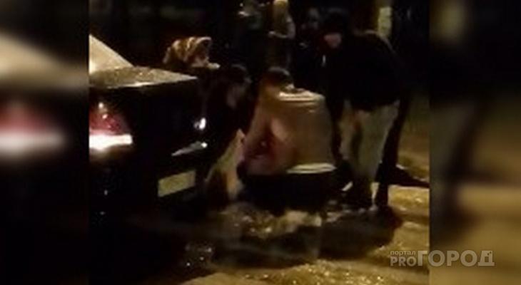 В Новочебоксарске Nissan сбил девушку на пешеходном переходе