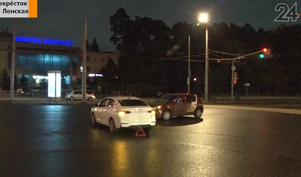 Таксистка повезла клиента из Чувашии в казанский аэропорт и попала в новостной сюжет