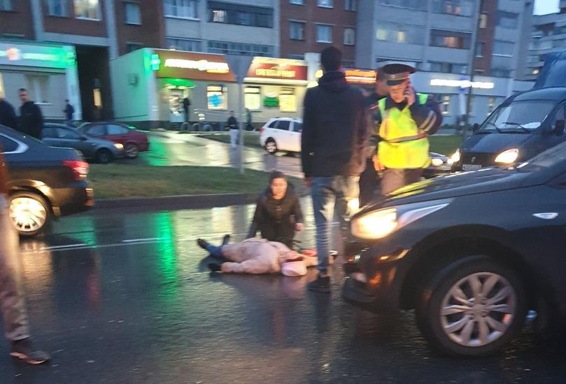 В Новоюжном районе Hyundai сбил женщину