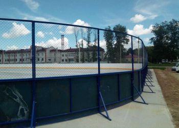 Хоккейную коробку построили в Екатеринославке