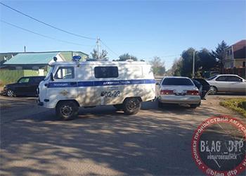 Полицейский на служебном авто стал виновником ДТП в Благовещенске