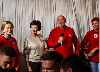 Учреждения Приамурья получили дорогие подарки от участников «Амурской осени»