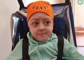 Маленькой Саше Болотиной срочно нужна помощь амурчан в борьбе с раком